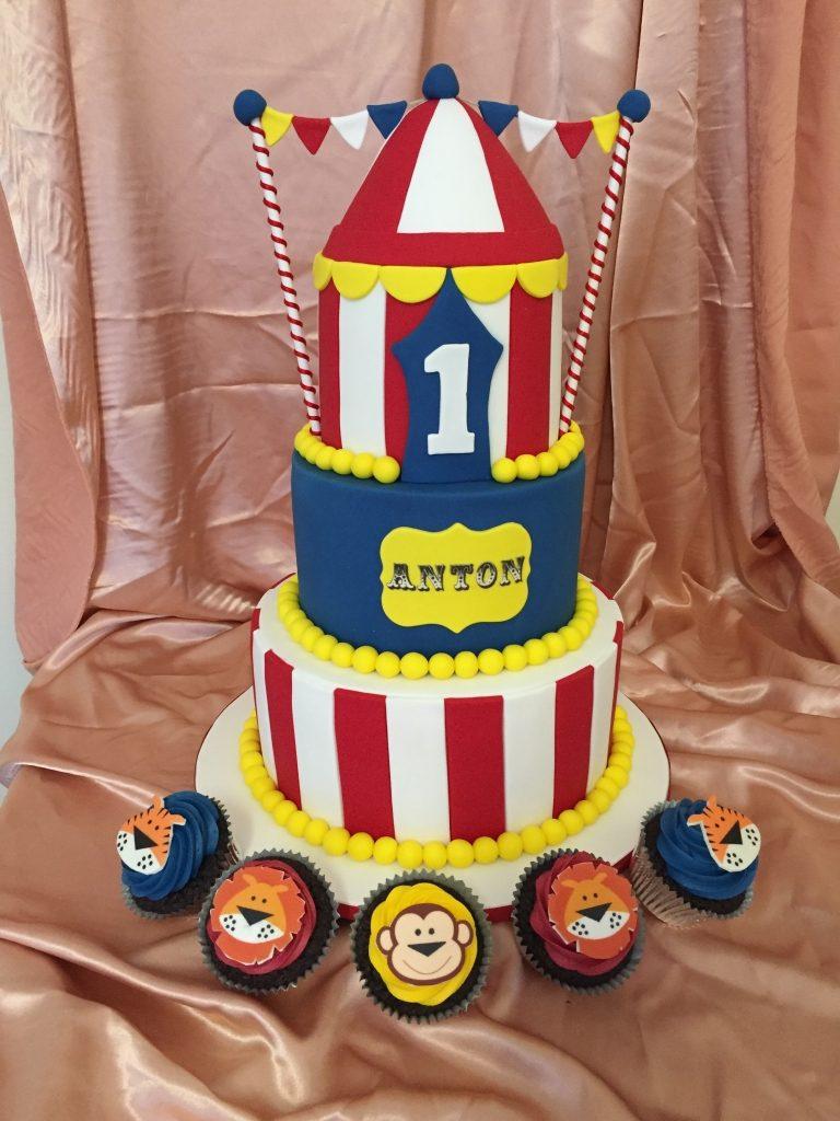 Birthday Cakes 122